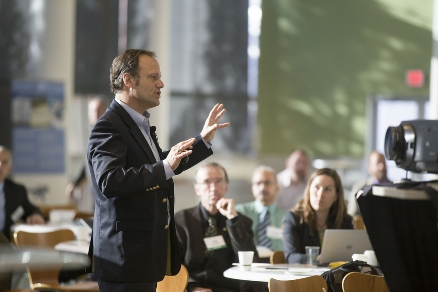 Commercial Networking Tips for Classroom and Auditorium Technology